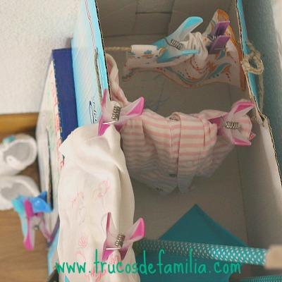 DIY tendedero con caja de cartón