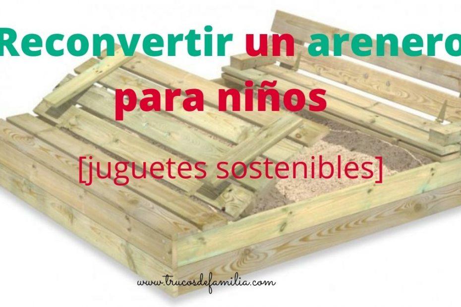 arenero de madera con bancos